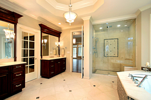 Master Bath with Natural and General Lighting